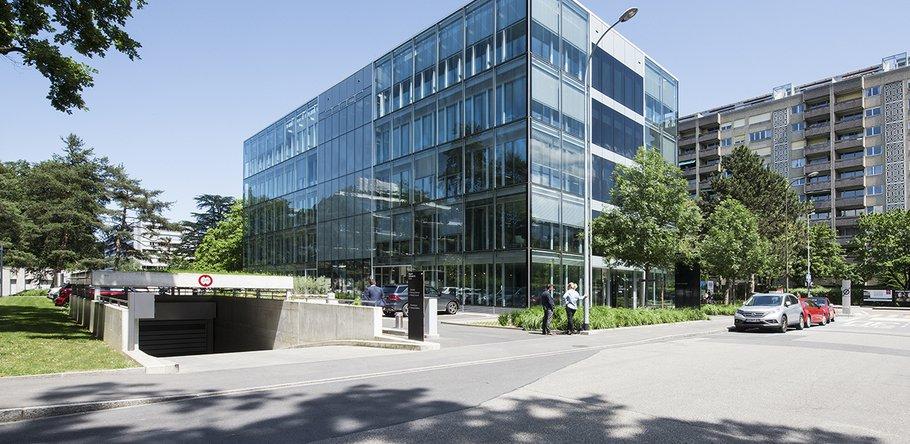 HRS Real Estate SA • Genève