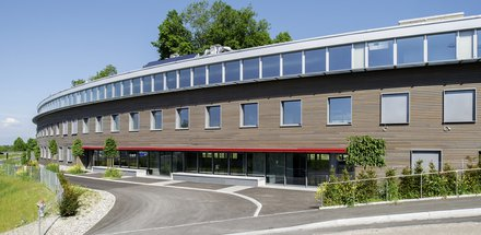 Vennes Business Center
