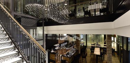 Chez Philippe - Bar - Grill